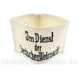 Armband in dienst der Deutschen Wehrmacht wo2 Duits heer -20,5 x 12,5 cm- Replica