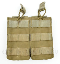 Defensie en Korps Mariniers en US Army Coyote Molle pouch double magazin M4 en Diemaco - 15 x 16 x 2,5  cm - origineel
