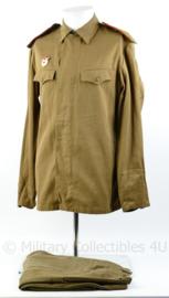 Russisch Wo2  model uniform met en garde insigne - maat 46-3 - origineel