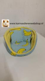 """Snuggle bed """" Banaan Bananen """" met 2 kussentjes"""
