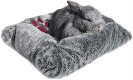 Snuggles Pluche Bed