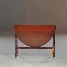Antieke bijzettafels / Wijntafels / Sutherland table / salontafel in mahonie, ovaal, bijzonder onderstel (No.451941)