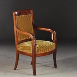 Antieke stoelen / Empire armstoel / bureaustoel ca. 1810 mahonie met bloemmahonie (No773022)