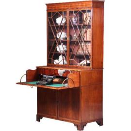 Antieke kasten / Zeer chique Engelse servieskast / boekenkast 1815 fraai inlegwerk en met bureaulade (No.641563)
