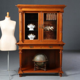 Antieke kasten / Notenhouten credenskast / vitrinekast ca. 1880 velours bekleed (No.602112)