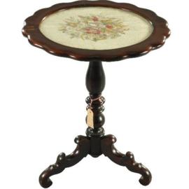 Antieke bijzettafels / Wijntafels / Palissander Hollandse Willem III tafel ca. 1870 met oorspronkelijke borduurwerk (No.86321)