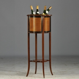 Antiek Varia / Engelse sapeli-mahonie orgelgebogen wijnkoeler / jardinière / hoge theestoof  ca. 1900  (No632454)