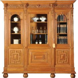 Antieke kasten / Blonde eiken bibliotheekkast  voor ca. 12 m boeken of heel veel servies (No.491758)