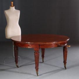 Antieke tafels / Dubbele Wind out table 3,66 m.lang ca. 1850 met 4 originele inlegbladen én slinger (No.622424)