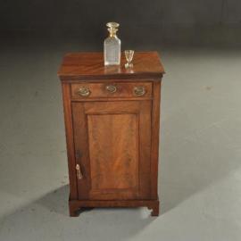 Antieke kasten / Klein penantkastje ca. 1800 mahonie met bloemmahonie Hollands (No.501931)
