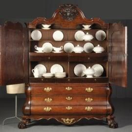 Antieke kasten / Zeer hoog Hollands dubbel gebogen kabinet ca. 1760 in eikenhout (No.511864)