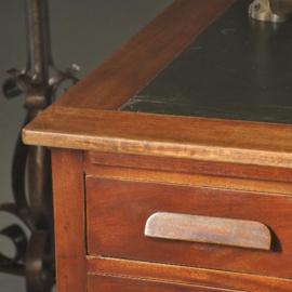 Antieke bureaus / Partnersdesk / Dubbelbureau ca. 1910 met 16 laden en 4 uittrekblaadjes (No.999862)