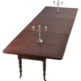 Antieke tafels / Enorme tafel tot maximaal 153 X 450 voor 16 tot 18 personen óók voor armstoelen (No.233291)
