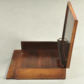 """Antiek varia / Prentenkist / portfoliokist ca. 1870 rijk ingelegd palissander, gestempeld """"VANDEN BOSCHE""""  (No-935003)"""