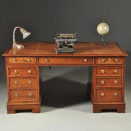 Antieke bureaus / mahonie Partnerbureau met goud gestempeld leer ingelegd (No.390655