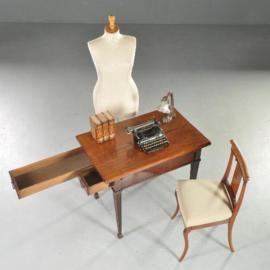 Antieke bijzettafels / Hollands Louis Seize werktafeltje met 2 klapbladen en 2 pijpenladenca. 1790  (No.864796)