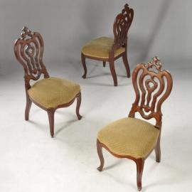 Antieke stoelen /  Chaufeuze pompadour zogenaamde breistoel  vermoedelijk Horrix - 3 beschikbaar prijs per stuk.  (No.471140)