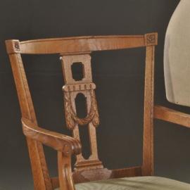 Antieke armstoelen / Stel van 2 iepenhouten armstoelen incl. nieuwe bekleding naar wens (No.532861)