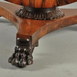 Antieke tafels / Ronde palissander eetkamertafel ca. 1825 met tilttop-mechaniek (No.380958)