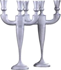 Antieke kandelaren / Wel uniek niet antiek stel enorm grote aluminium kandelaren (No.921751)