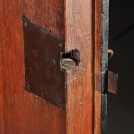 Antieke kasten / Rariteitenkabinet 17e eeuws in palissander met ebben hout op authentiek onderstel (No.522361)