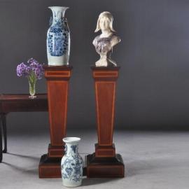 Antieke bijzettafels / Stelvan 2 zuilen / piëdestals / Gueridons ca. 1875 noten met inleg (No.804031)