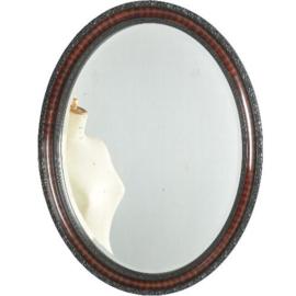 Antieke spiegels / Engelse spiegel ovaal ca. 1900 met bewerkte rand (No.521414)