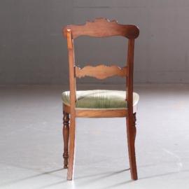 Antieke stoelen / Stel van 8 eetkamerstoelen w.v. 2 met armleuningen  ca. 1830 met nieuwe bekleding naar wens.  (No.610956)