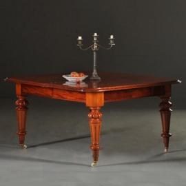 Antieke tafels / Mahonie eetkamertafel / vergadertafel ruim 4 m. lang voor zeker 18 personen (No.270549)