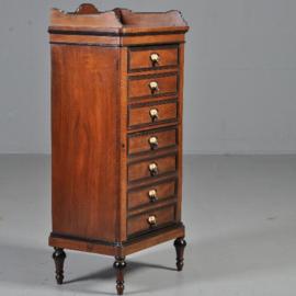 Antieke kasten / Klein Hollands Willem III archiefkastje Gebr. Horrix ca. 1870 notenhout (No.430611)