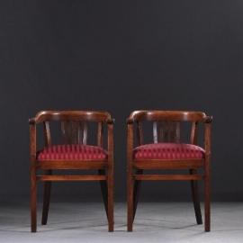 Antieke stoelen / stel van 2 bureaustoelen / armstoelen ca. 1915 met rode ton-sur-ton  bekleding (No922542)