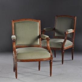Antieke armstoelen / Stel van 2 notenhouten Hollandse fauteuiltjes ca. 1880 met groen velours bekleding (No662811)