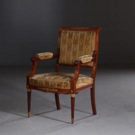 Antieke armstoelen / 4 stuks Empire stijl zetels inclusief stoffering naar wens (No. 622426)