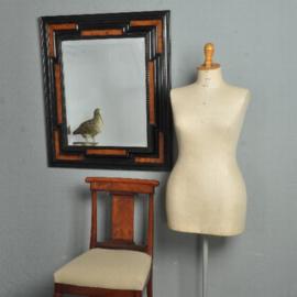 Antieke spiegels / Zwart gepolitoerde spiegellijst ca.1875 met wortelnoten en facet geslepen spiegel (No.521411)