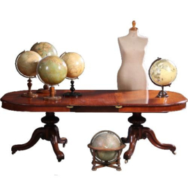 """Antieke tafels / Victoriaanse """"double pedestal pull out table"""" in mahonie  ca. 1865 tot 3,29 m lengte  (No.640860)"""