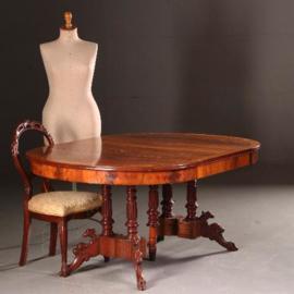 Antieke tafels / Coulissentafel voor 12 personen ovaal ca. 1870 in mahonie tot 3,25 m.  met 4 inlegbladen waarvan 1 in bloemmahonie (No.541751)