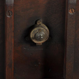 Antieke bijzettafels /  Engelse kleine wijntafel / tilttoptable ca. 1870 in mahonie (No.411560)