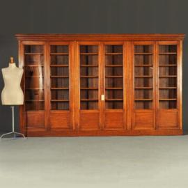 Antieke kasten / zeer brede bibliotheekkast / servieskast ca. 3,5m. Victoriaans / Edwardian (No.582831)