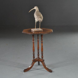 Antieke bijzettafels / Wijntafels / Engels achtkantig tafeltje ca. 1890 op gedraaide pootjes.  (No.530931)