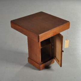 Antieke bijzettafels / Art deco  tafelkastje of bijzettafel met deurtje in de voet ca. 1930 (No.281112)