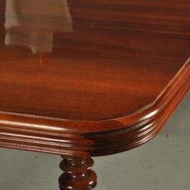 Antieke tafels / Notenhouten Franse coulissentafel ca. 1875 smetteloos gepolitoerd en met 4 inlegbladen (No-341626)