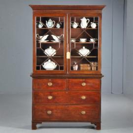 Antieke kasten / Mahonie boekenkast / servieskast ca. 1860 met 4 laden (No.401633)