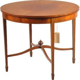 Antieke bijzettafels / wijntafel / Strakke ronde Engelse lampentafel met onderblad ca 1890. (No.200845)
