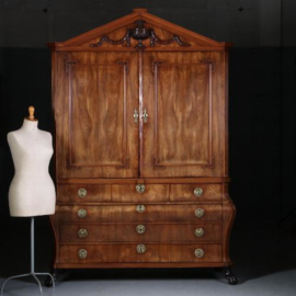 Antieke kasten / Hollands, Louis Seize kabinet ca. 1780 in blond mahonie met 13 laden (No.570332)