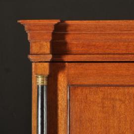 Antiek kasten / Drents kabinet ca. 1815 met zwart gepolitoerde zuilen (No.391612)