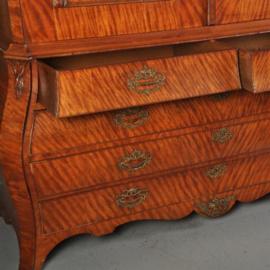 Antieke kasten / Satijnhouten Hollands kabinet ca. 1775 (No.511854)