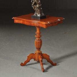 Antieke bijzettafels / Hollands Willem III ca. 1870 tafeltje in mahonie (No.490135)