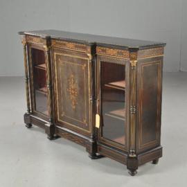 Antieke kasten / Victoriaanse credenza ca. 1875 noten met ebbenhout, vrijstaande zuilen en 2 vitrines (No.390658)