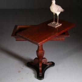 Antieke bijzettafels / Hollandse Speeltafel ca. 1810 met het oorspronkelijke laken (No.532753)