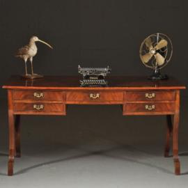 Antieke bureaus / Mahonie schrijftafel met 5 laden en gevierendeeld ingelegd  ca. 1920 (No.520517)